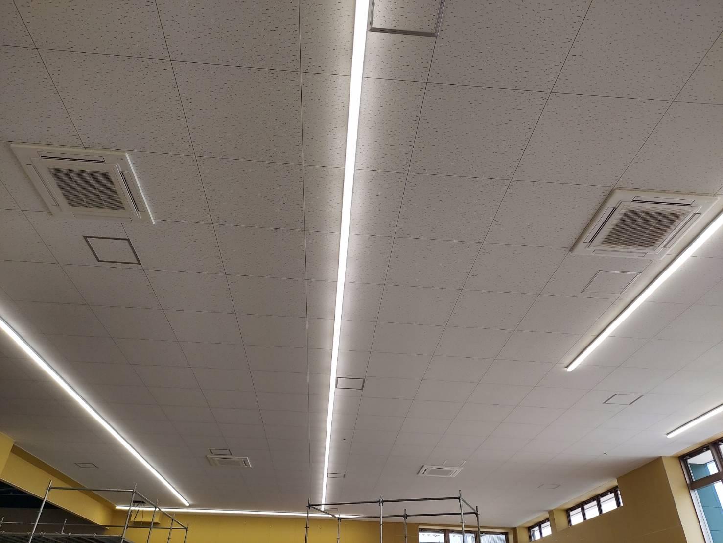長野県のホームセンター 空調機新設工事