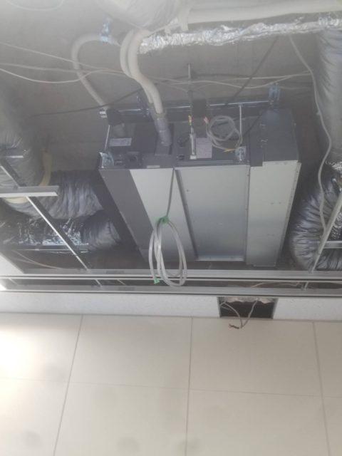 天井埋込み型エアコンの更新工事